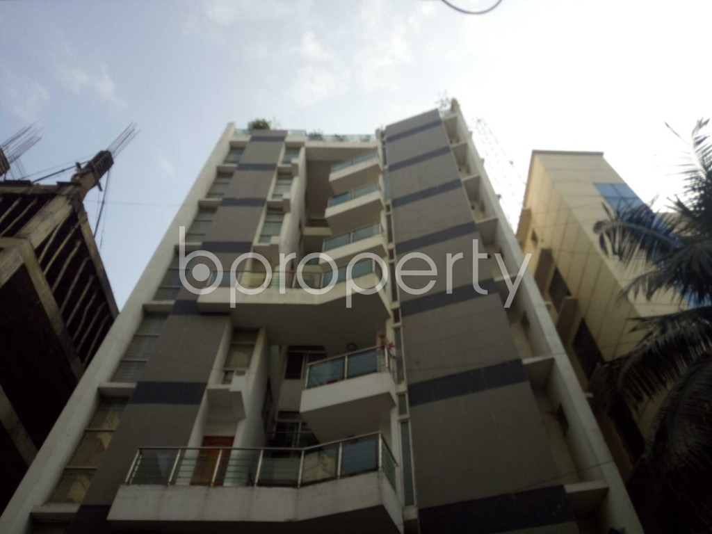 Front view - 3 Bed Apartment to Rent in Baridhara, Dhaka - 1837913