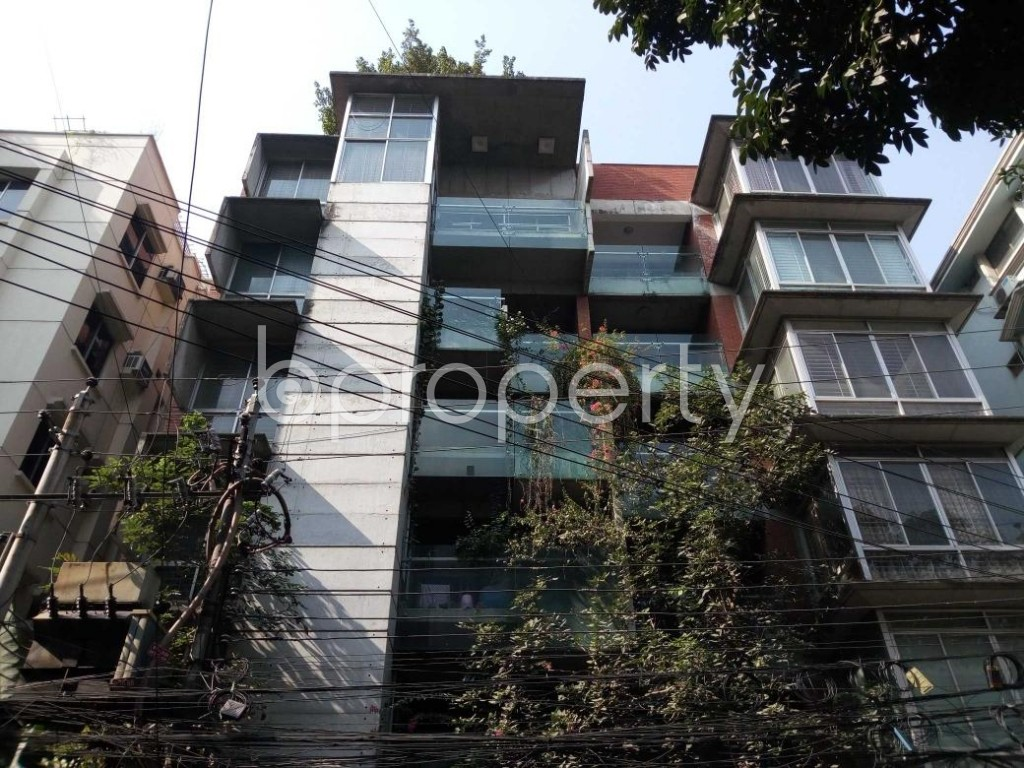 Front view - 3 Bed Apartment to Rent in Gulshan, Dhaka - 1837922