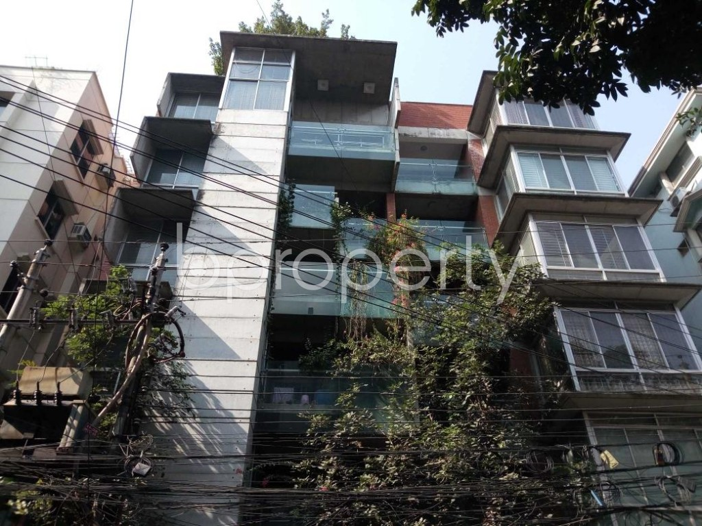 Front view - 3 Bed Apartment to Rent in Gulshan, Dhaka - 1837924
