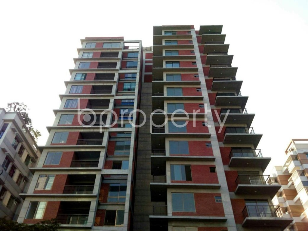 Front view - 3 Bed Apartment for Sale in Bashundhara R-A, Dhaka - 1837945