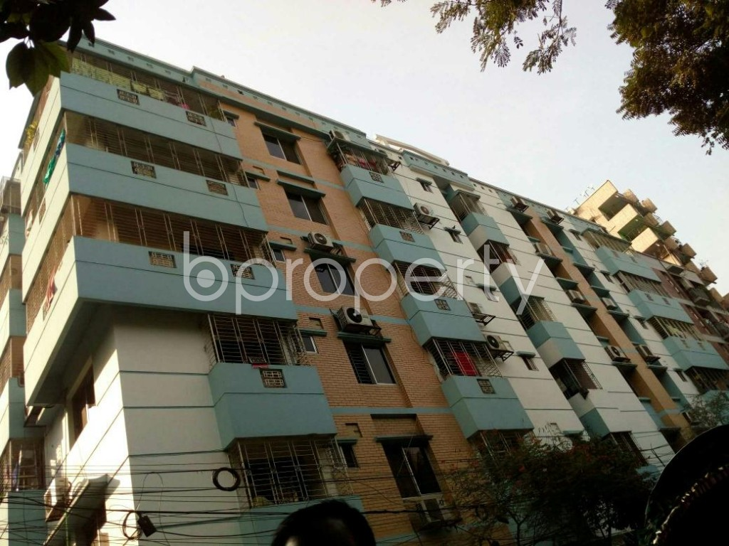 Outside view - 3 Bed Apartment to Rent in Dhanmondi, Dhaka - 1838360
