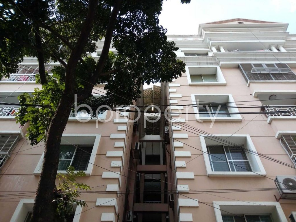 Front view - 4 Bed Apartment to Rent in Gulshan, Dhaka - 1838417