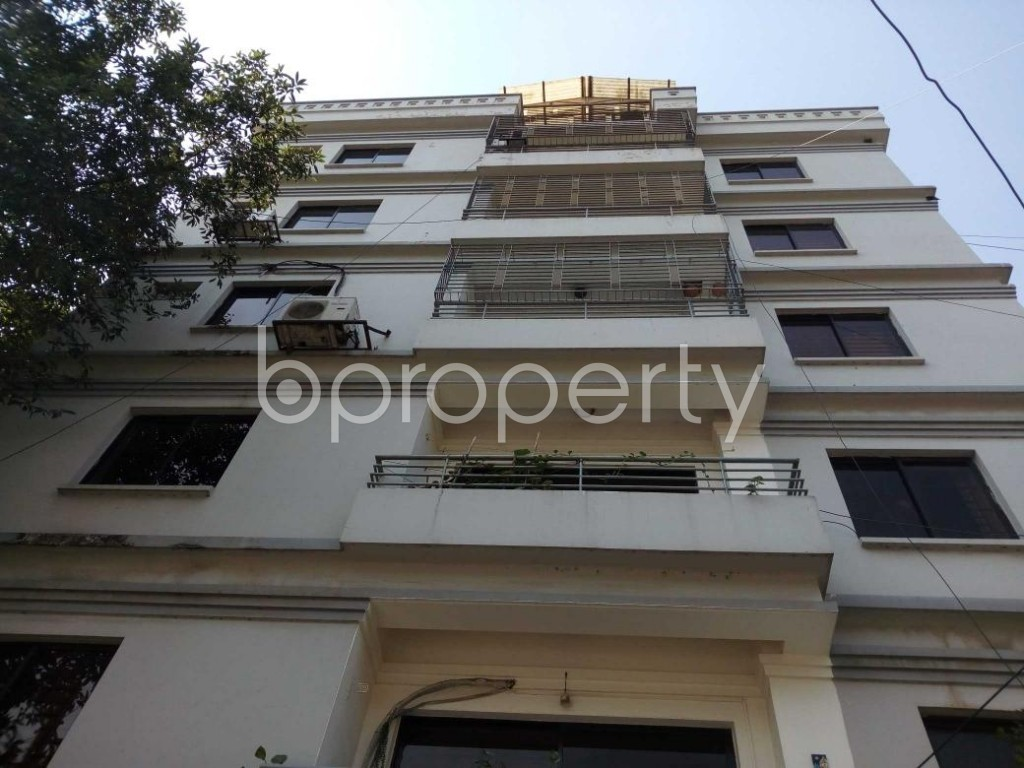 Front view - 3 Bed Apartment to Rent in Gulshan, Dhaka - 1838418