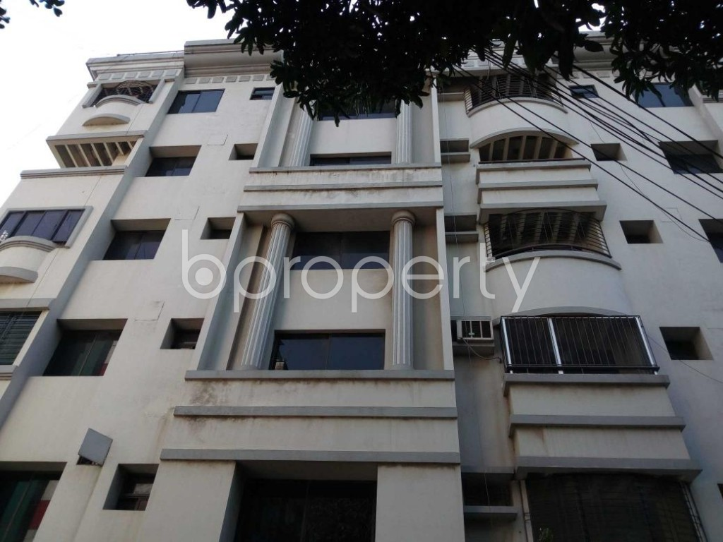 Front view - 3 Bed Apartment to Rent in Gulshan, Dhaka - 1838419