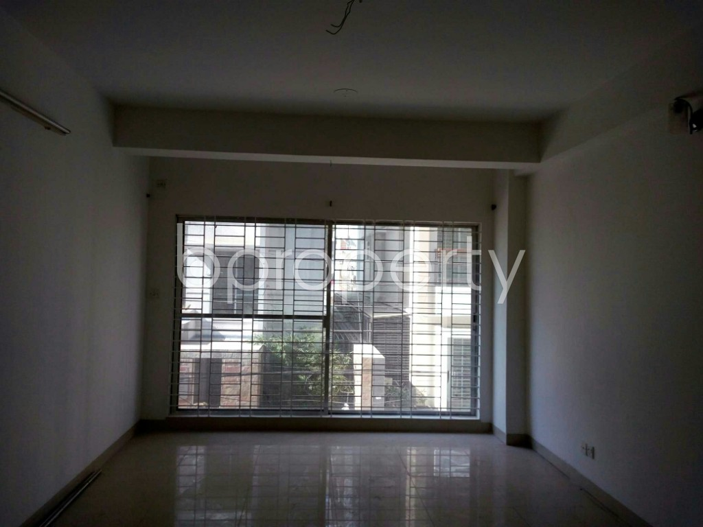 Empty Room - 3 Bed Apartment for Sale in Bashundhara R-A, Dhaka - 1838479