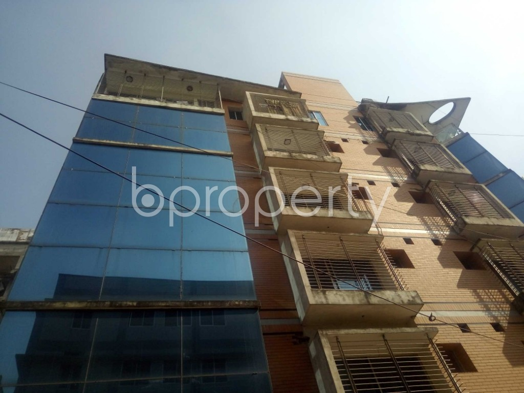 Front view - 4 Bed Apartment to Rent in Baridhara, Dhaka - 1838553
