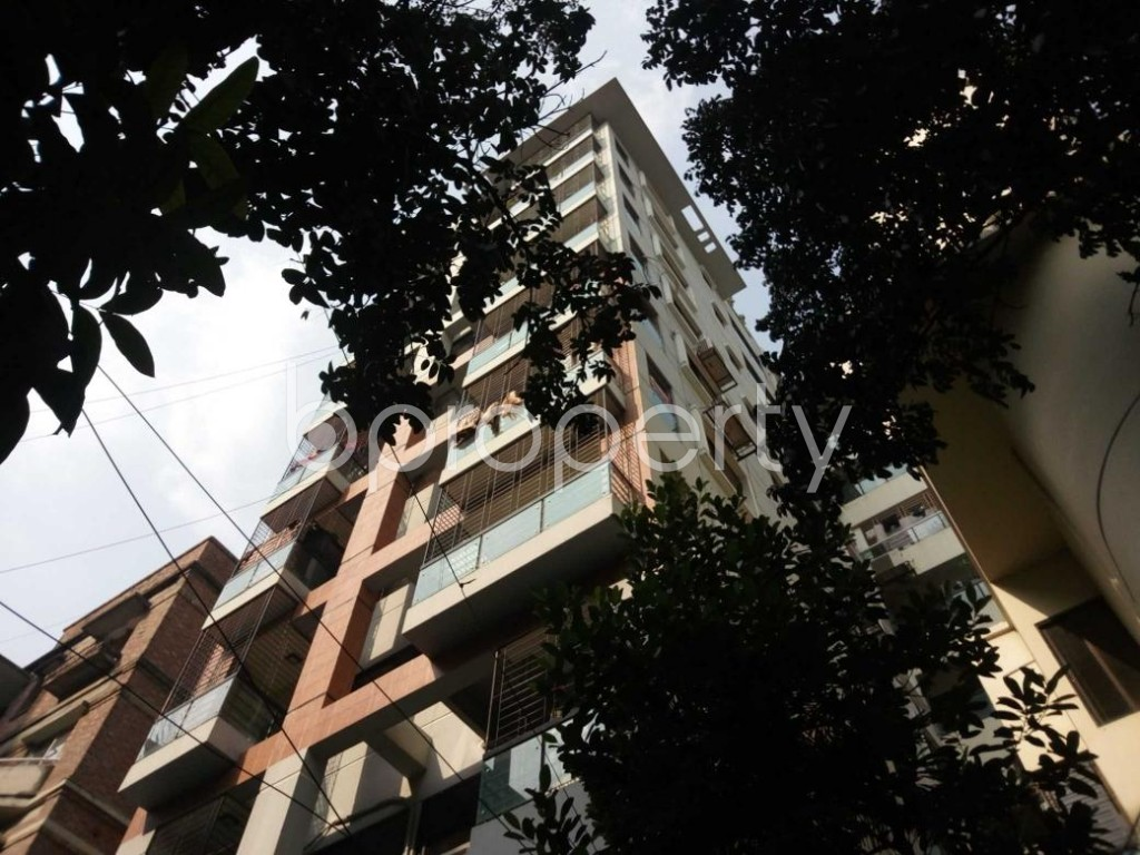 Outside view - 3 Bed Apartment to Rent in Banani, Dhaka - 1838687