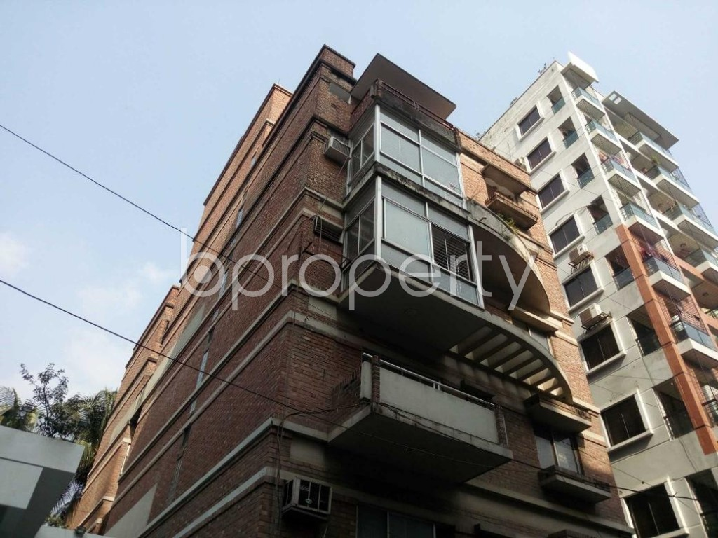 Outside view - 3 Bed Apartment to Rent in Banani, Dhaka - 1838690