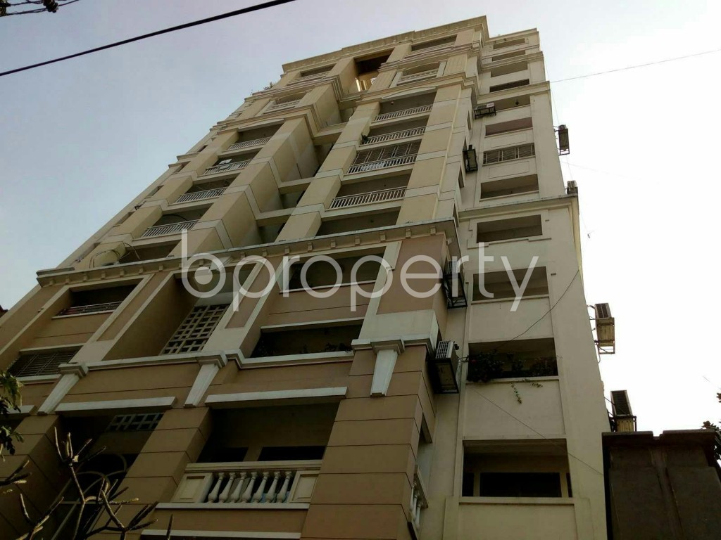 Outside view - 3 Bed Apartment to Rent in Dhanmondi, Dhaka - 1838802