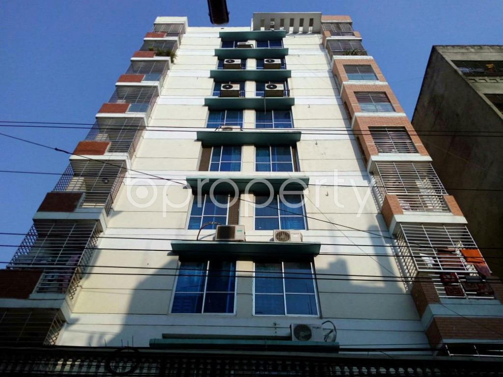 Front view - 3 Bed Apartment to Rent in Lalmatia, Dhaka - 1838837