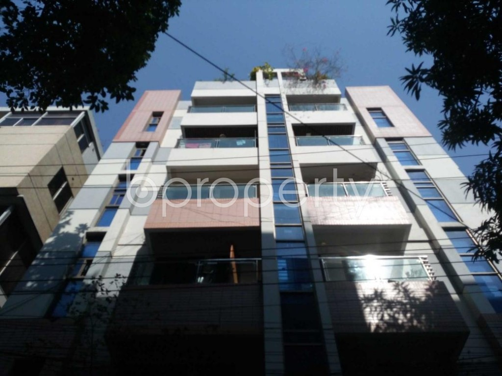 Front view - 5 Bed Apartment to Rent in Banani, Dhaka - 1838852