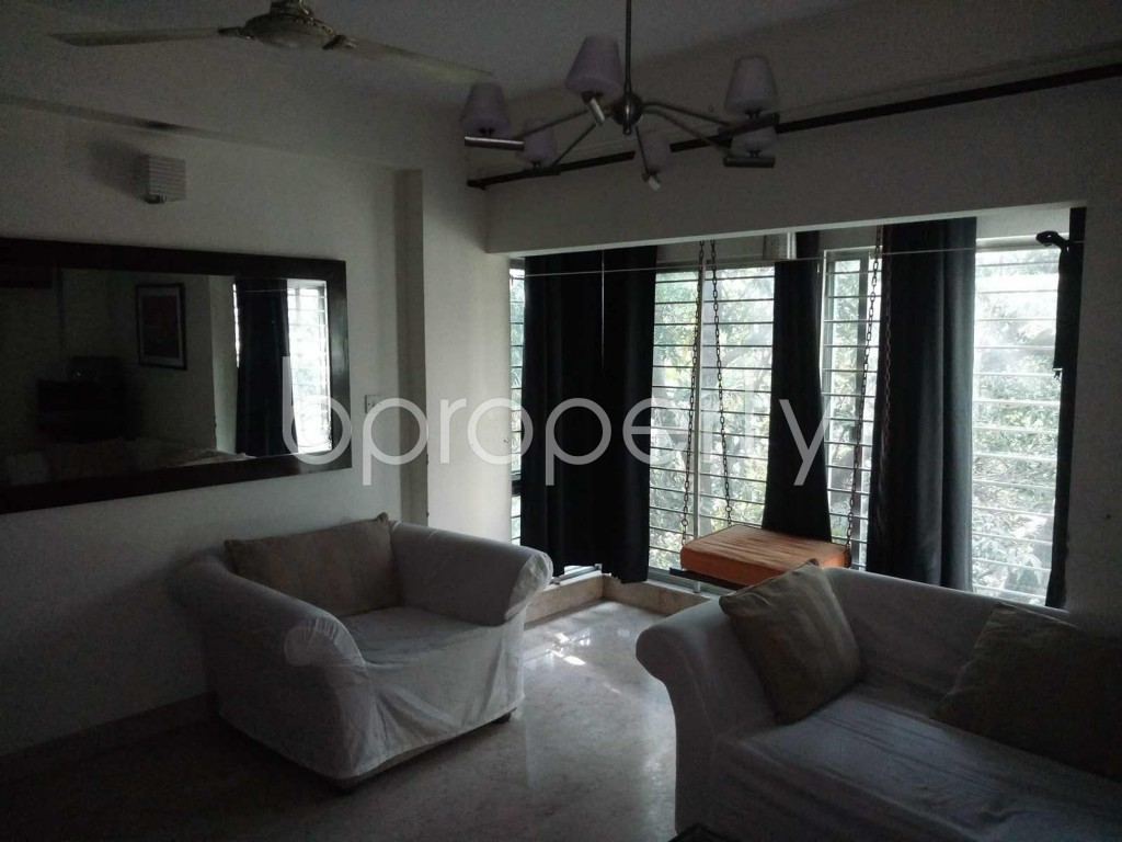 Empty Room - 3 Bed Apartment to Rent in Banani, Dhaka - 1839136