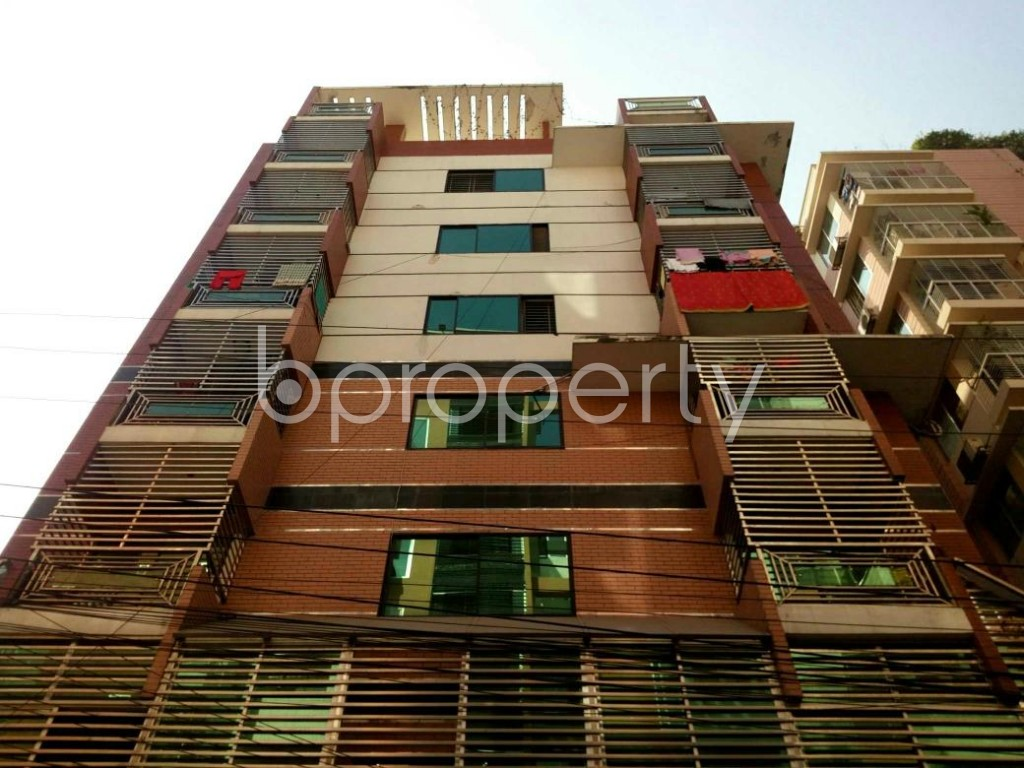Front view - 4 Bed Apartment to Rent in Bashundhara R-A, Dhaka - 1839264