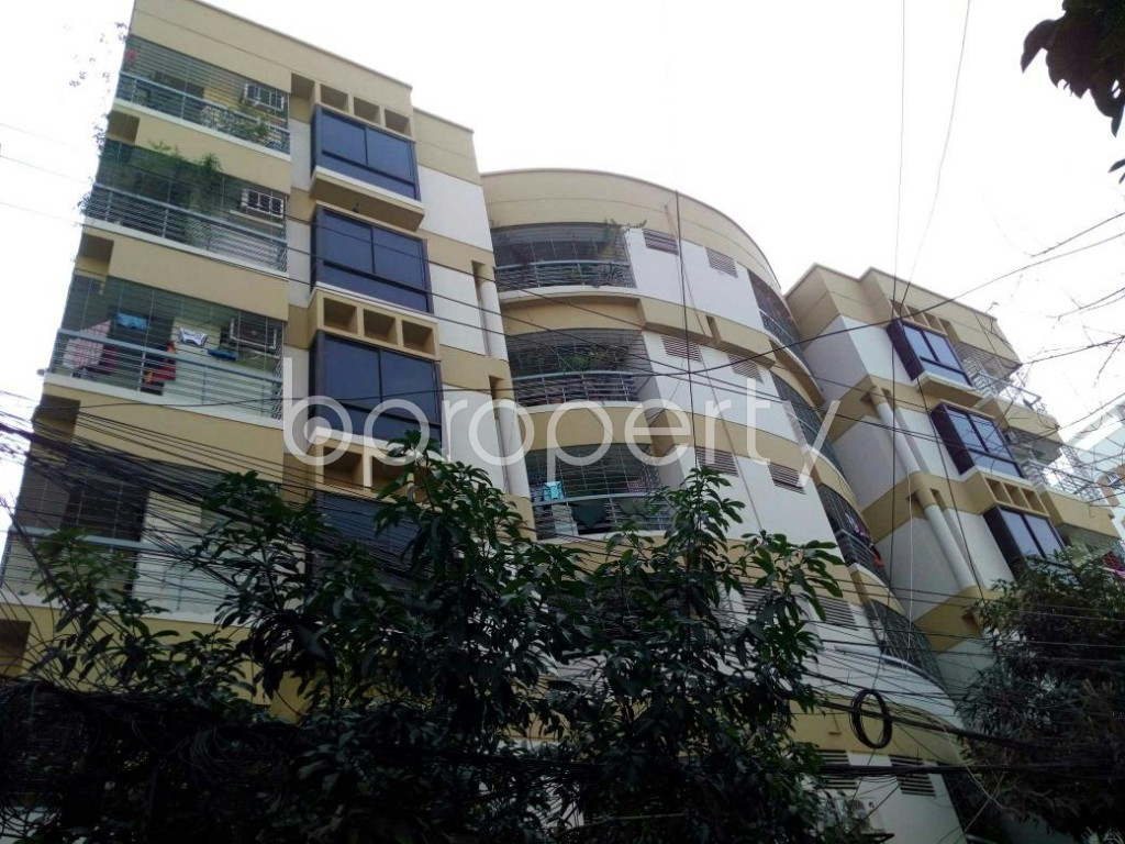 Outside view - 2 Bed Apartment to Rent in Dhanmondi, Dhaka - 1839296