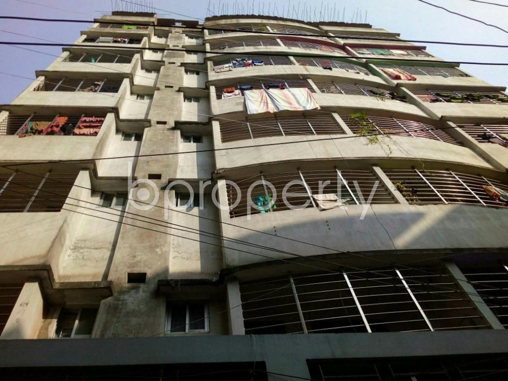 Front view - 3 Bed Apartment to Rent in Dhanmondi, Dhaka - 1839320