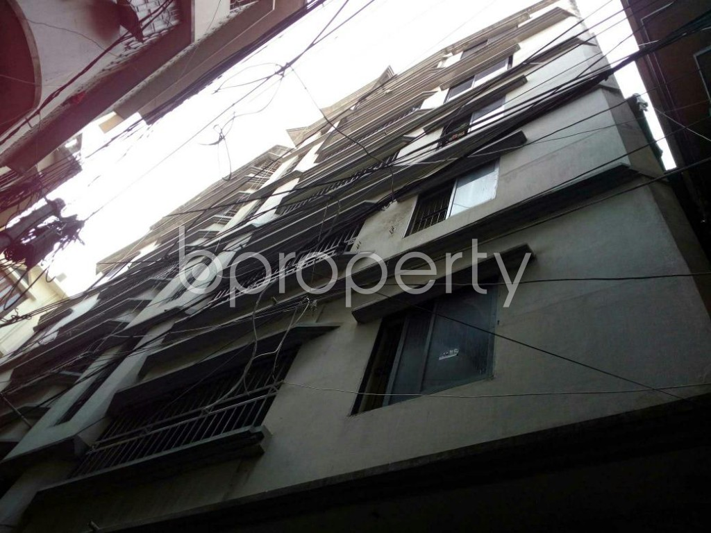 Outside view - 2 Bed Apartment to Rent in Dhanmondi, Dhaka - 1839324