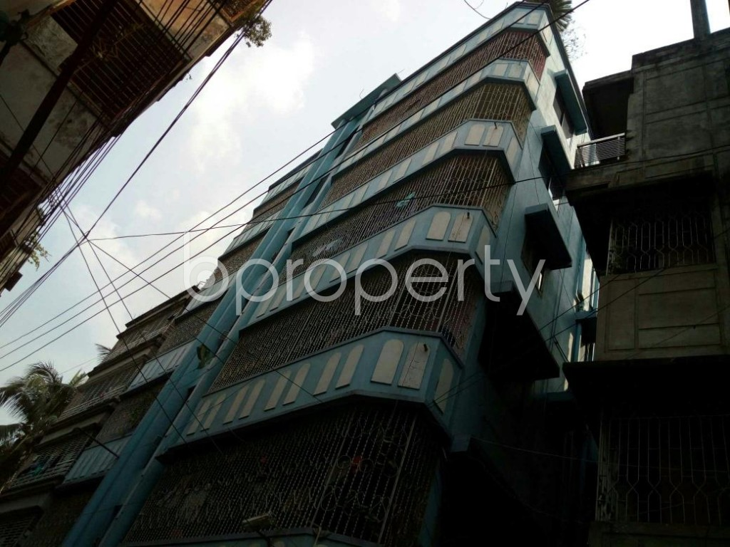 Outside view - 4 Bed Apartment to Rent in Dhanmondi, Dhaka - 1839380