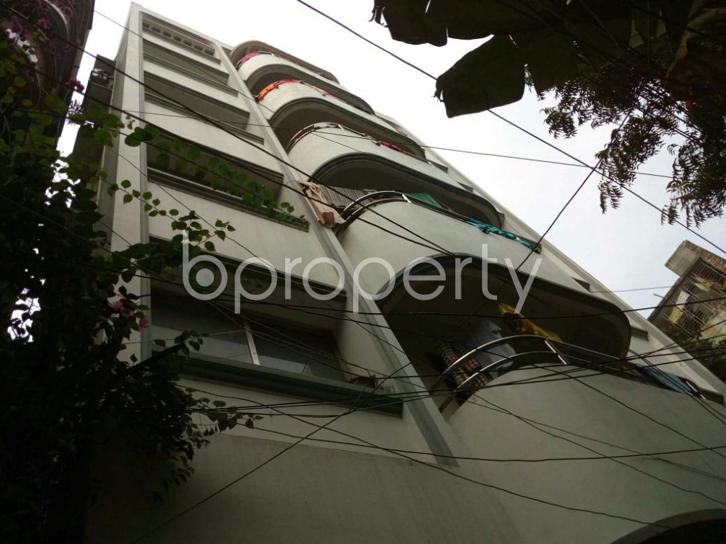 Outside view - 2 Bed Apartment to Rent in Dhanmondi, Dhaka - 1839534