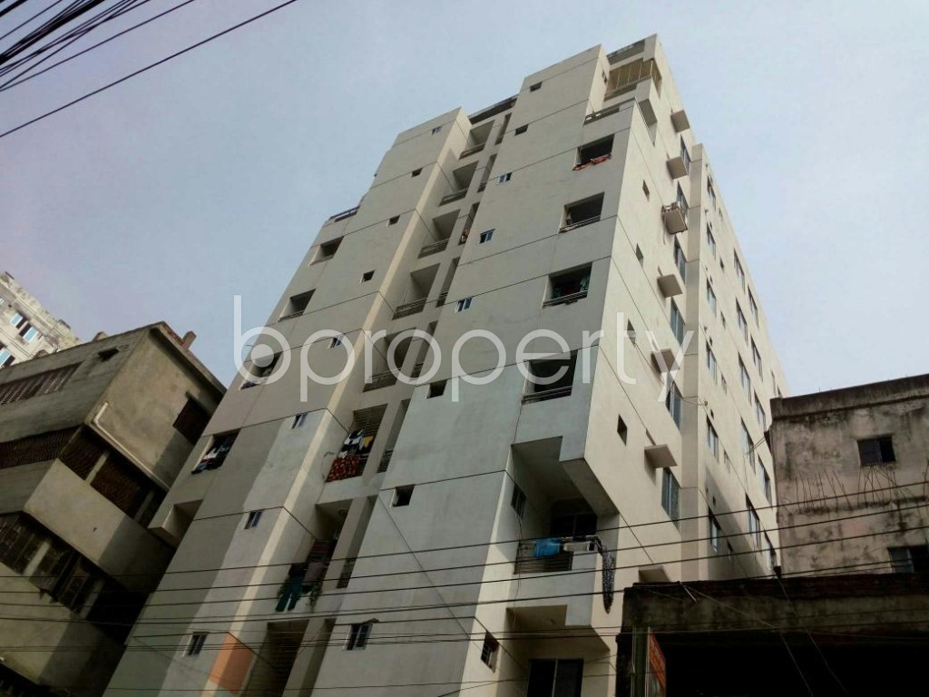 Outside view - 3 Bed Apartment to Rent in Dhanmondi, Dhaka - 1839547