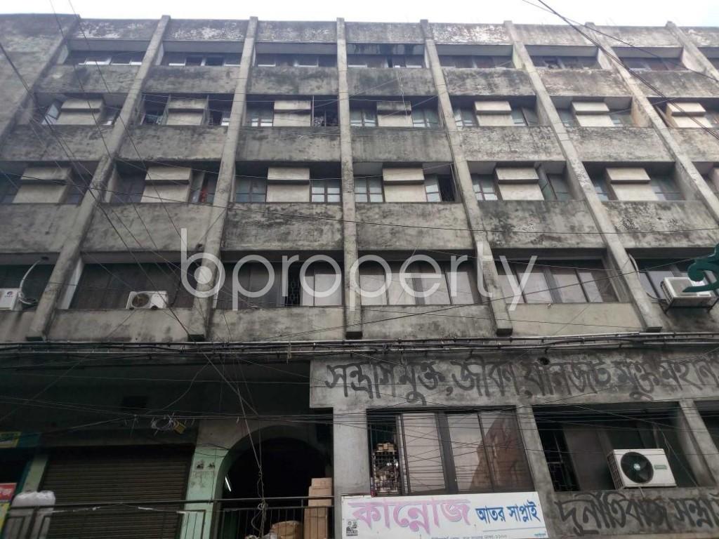 Front view - Shop to Rent in Bangshal, Dhaka - 1839619