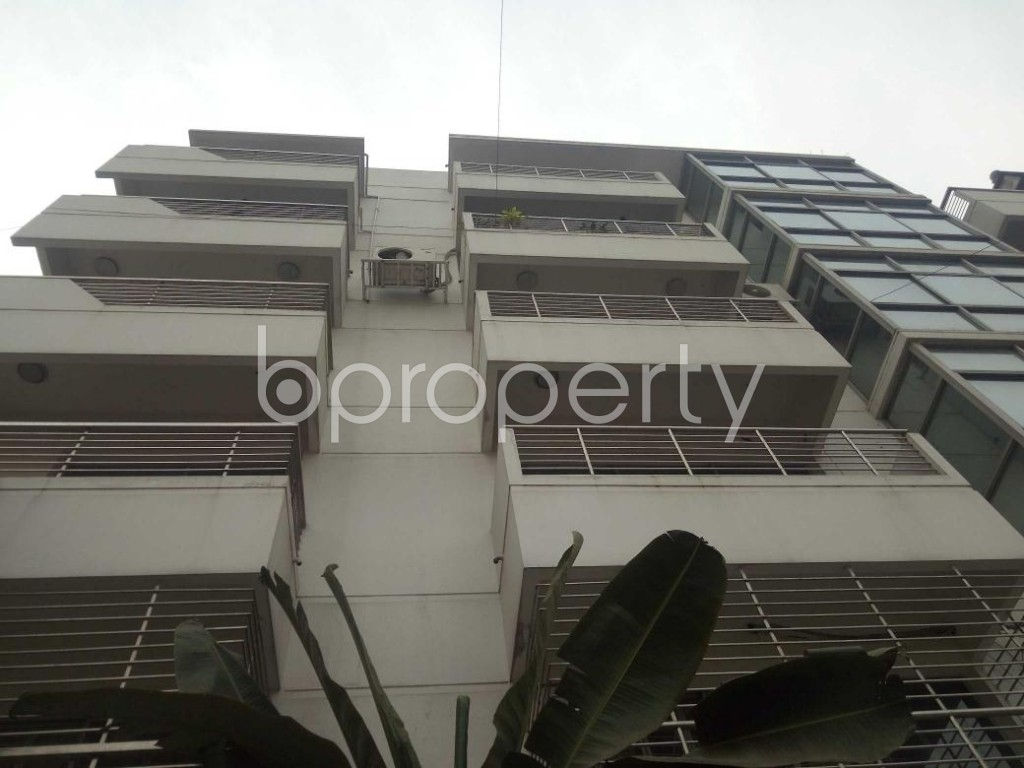 Front view - 4 Bed Apartment to Rent in Baridhara, Dhaka - 1839637