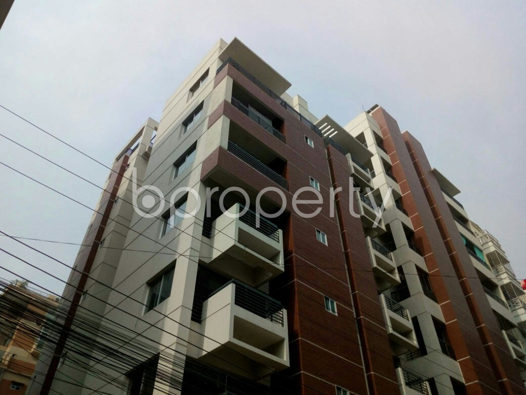 Outside view - 3 Bed Apartment to Rent in Bashundhara R-A, Dhaka - 1839712