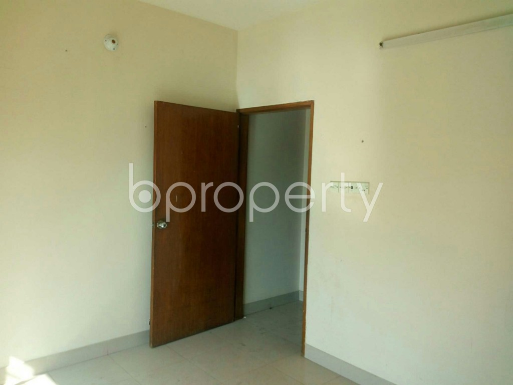 Bedroom - 3 Bed Apartment for Sale in Bashundhara R-A, Dhaka - 1840572
