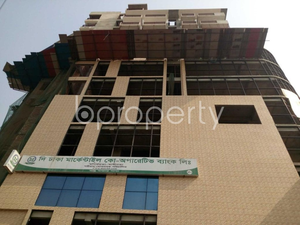 Front view - 3 Bed Apartment for Sale in Bangshal, Dhaka - 1840737