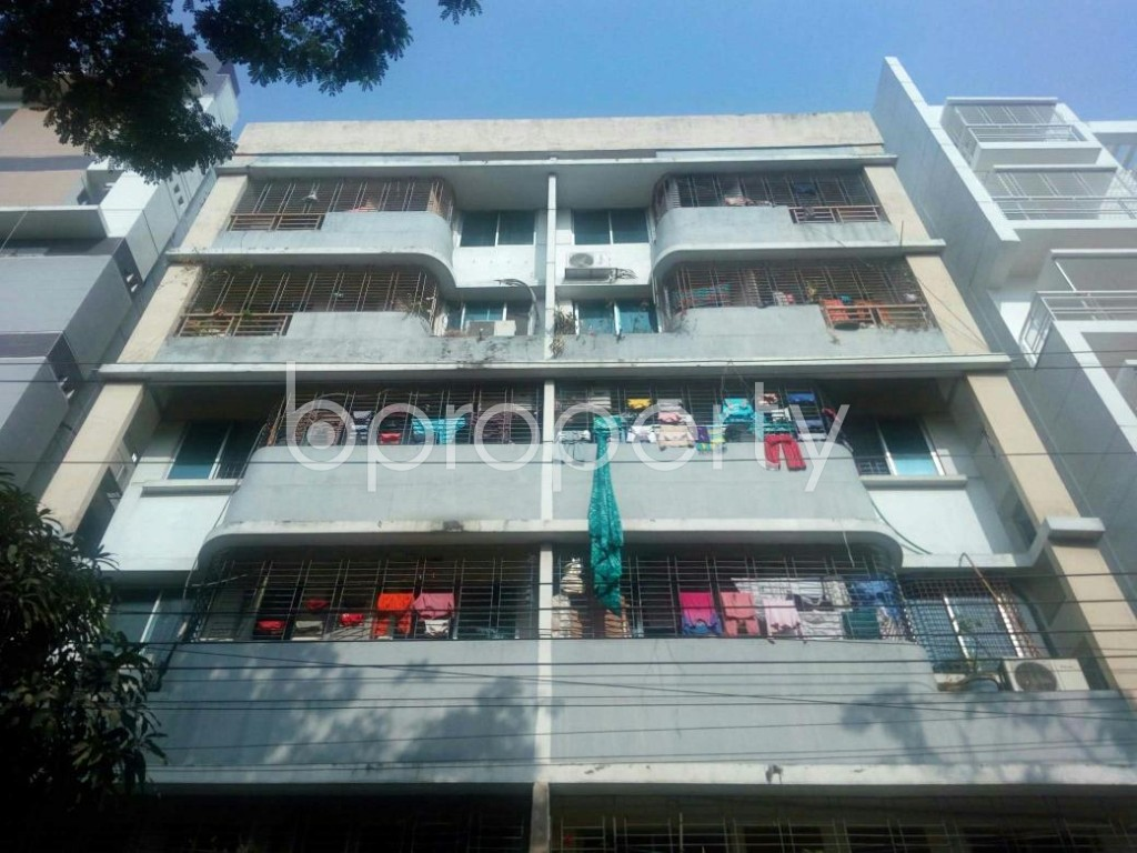 Front view - 3 Bed Apartment for Sale in Bashundhara R-A, Dhaka - 1841128