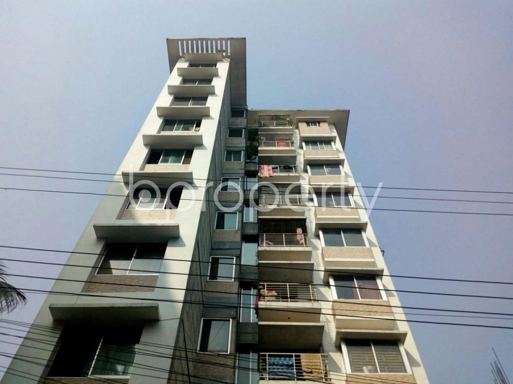 Front view - 3 Bed Apartment for Sale in Bashundhara R-A, Dhaka - 1841520