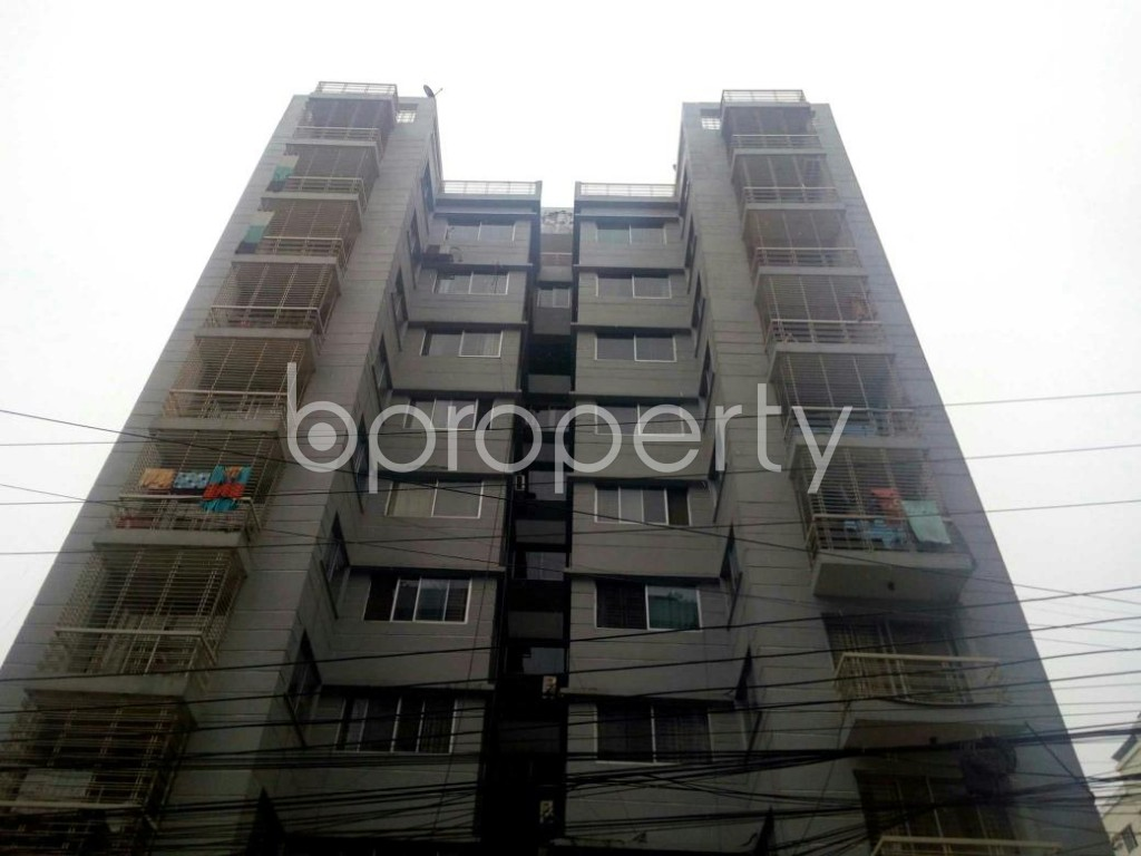 Front view - 3 Bed Apartment for Sale in Bashundhara R-A, Dhaka - 1842265