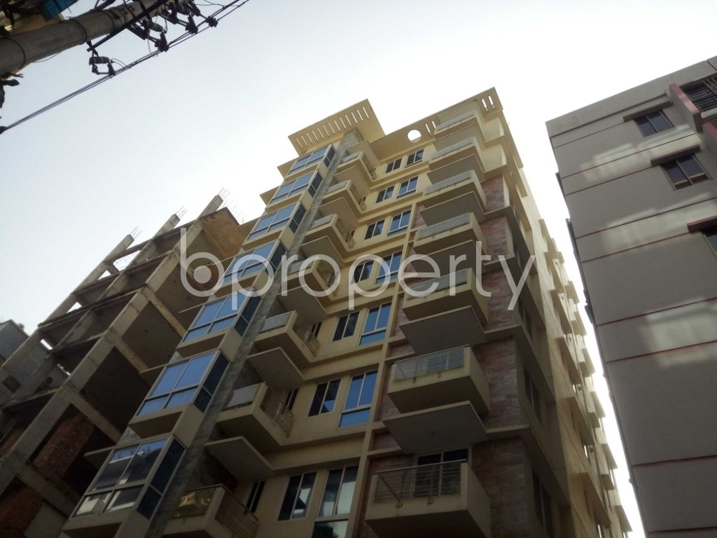 Outside view - 4 Bed Apartment to Rent in Baridhara, Dhaka - 1843132