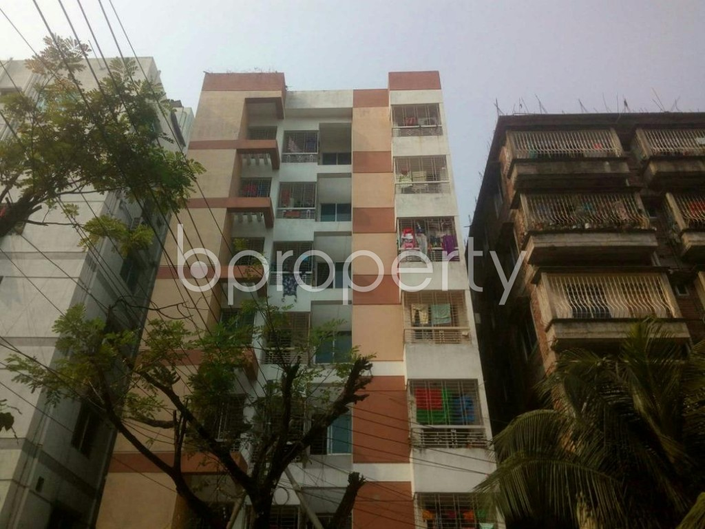 Front view - 3 Bed Apartment for Sale in Bashundhara R-A, Dhaka - 1844279
