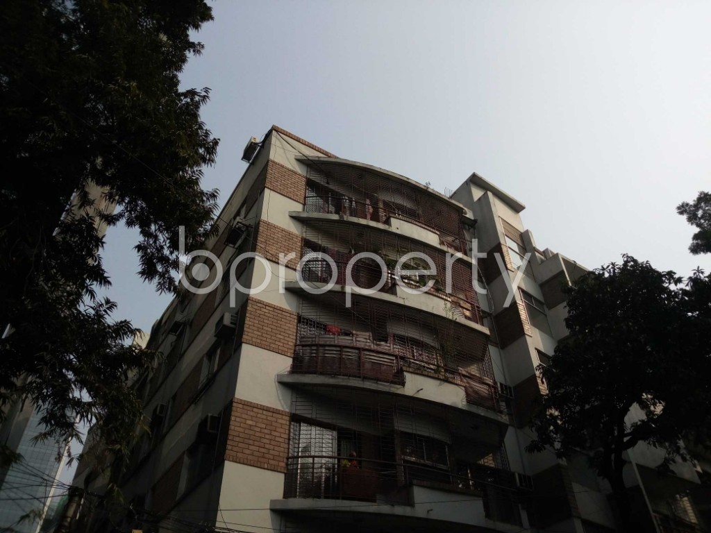 Outside view - 3 Bed Apartment to Rent in Gulshan, Dhaka - 1844545