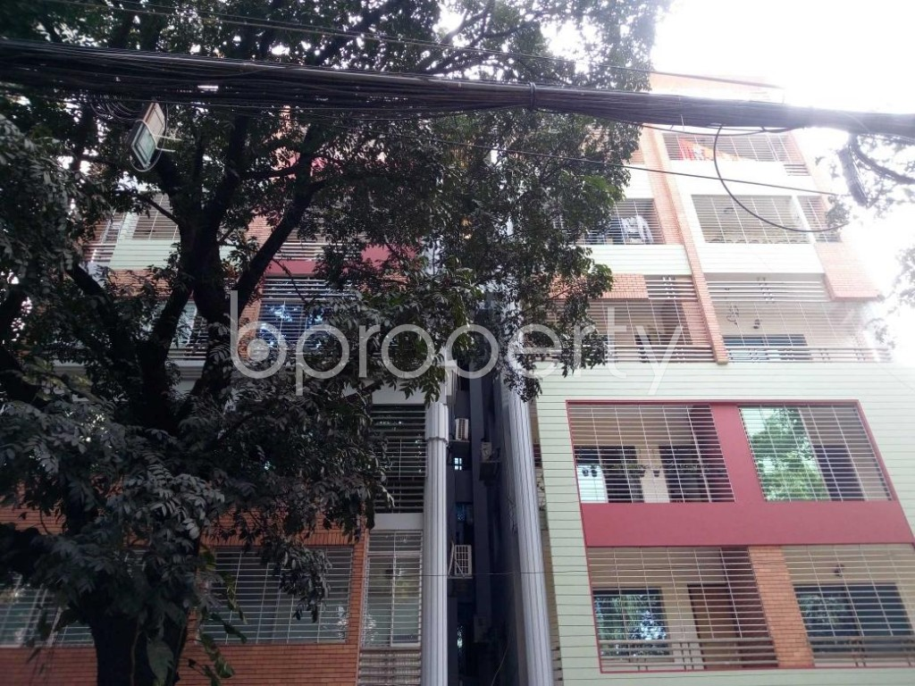 Front view - 3 Bed Apartment to Rent in Gulshan, Dhaka - 1844548
