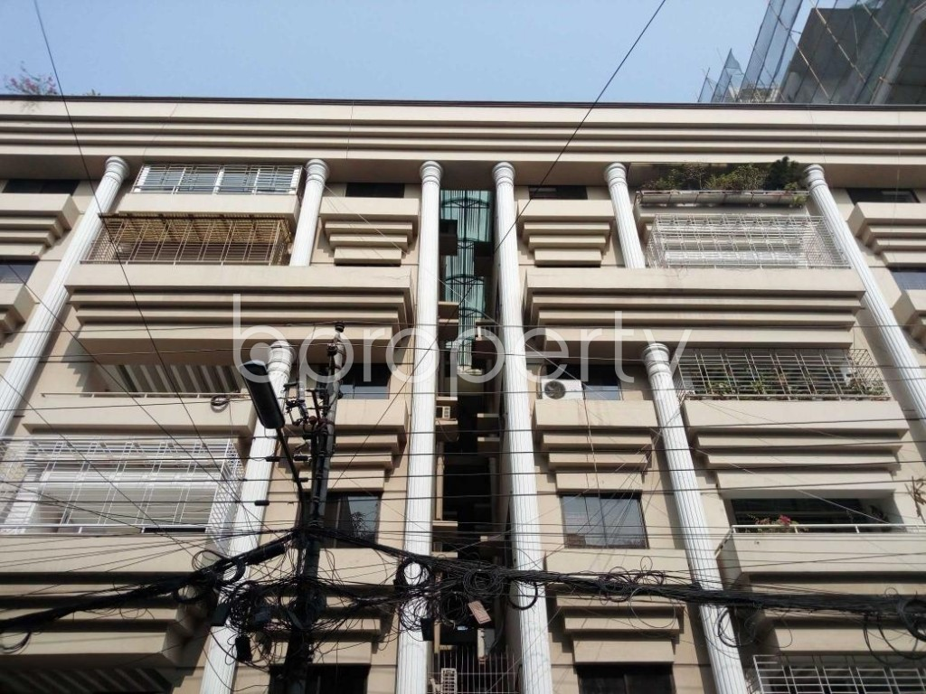 Front view - 3 Bed Apartment to Rent in Gulshan, Dhaka - 1844862