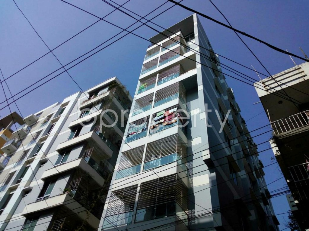 Outside view - 3 Bed Apartment to Rent in Lalmatia, Dhaka - 1845060