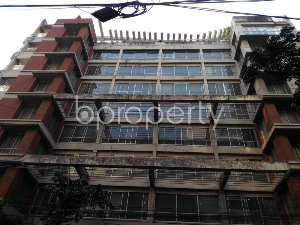 Front view - 3 Bed Apartment to Rent in Gulshan, Dhaka - 1845068
