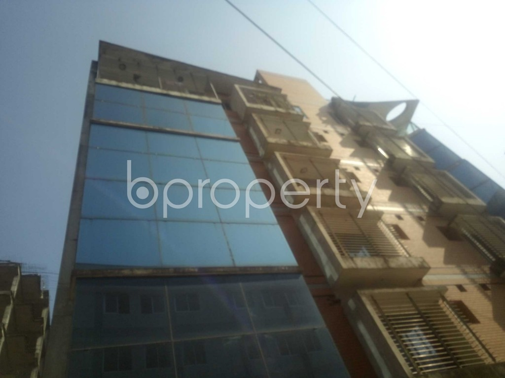Outside view - 4 Bed Apartment to Rent in Baridhara, Dhaka - 1845170