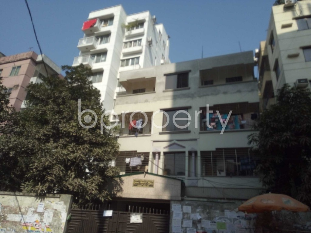 Outside view - 3 Bed Apartment to Rent in Baridhara, Dhaka - 1845579