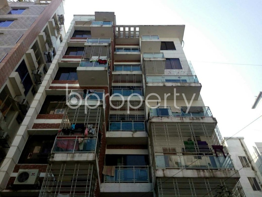 Front view - 3 Bed Apartment for Sale in Bashundhara R-A, Dhaka - 1845589