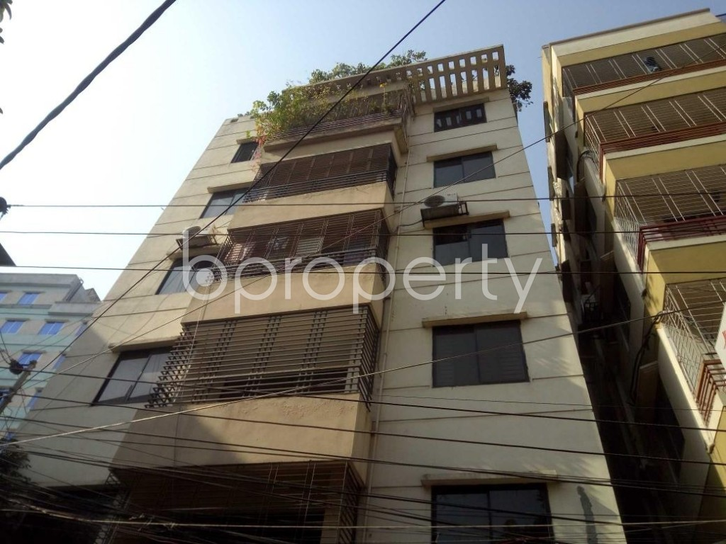 Front view - 3 Bed Apartment to Rent in Baridhara, Dhaka - 1845692