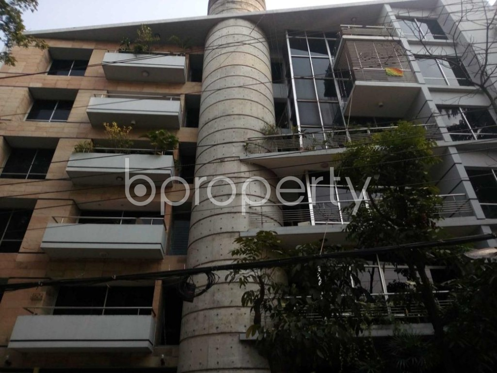 Front view - 4 Bed Apartment to Rent in Gulshan, Dhaka - 1845858