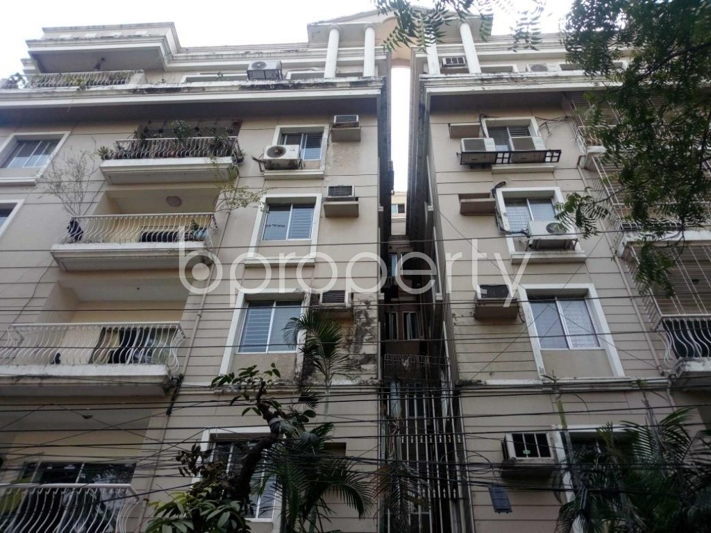 Front view - 3 Bed Apartment to Rent in Gulshan, Dhaka - 1845859