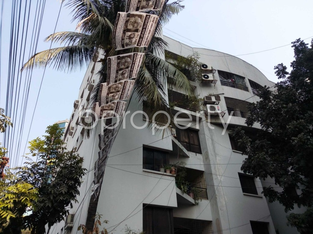 Outside view - 4 Bed Apartment to Rent in Gulshan, Dhaka - 1845864