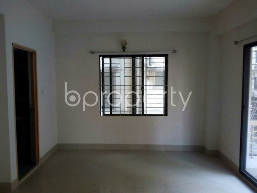 Bedroom - 4 Bed Apartment for Sale in Bashundhara R-A, Dhaka - 1845884
