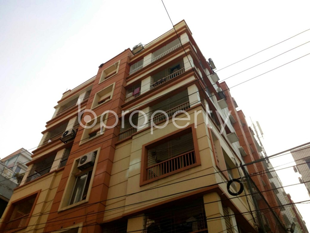 Outside view - 3 Bed Apartment to Rent in Bashundhara R-A, Dhaka - 1842363