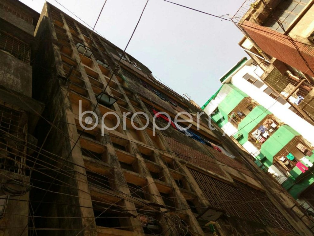 Outside view - 5 Bed Duplex to Rent in Dhanmondi, Dhaka - 1846594
