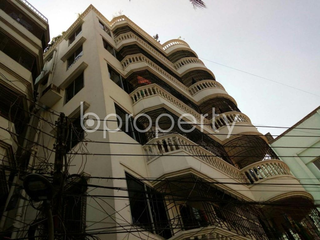 Outside view - 2 Bed Apartment to Rent in Dhanmondi, Dhaka - 1846596