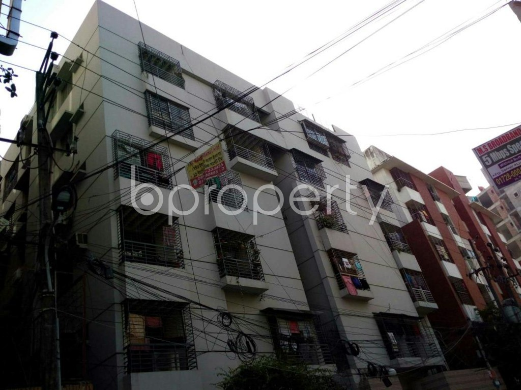 Outside view - 3 Bed Apartment to Rent in Dhanmondi, Dhaka - 1846606